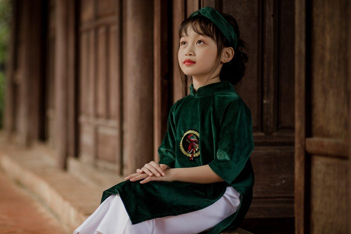 Kid Girl Traditional Uniform  - Jupilu / Pixabay